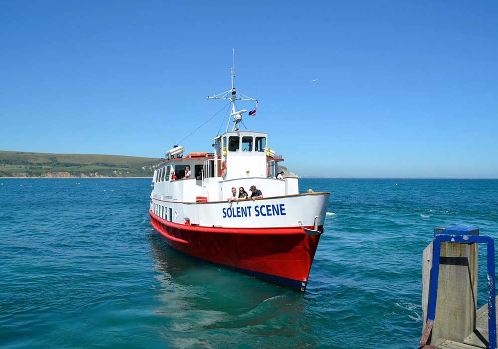 Solent Scene arriving at Swanage Pier - City Cruises Poole