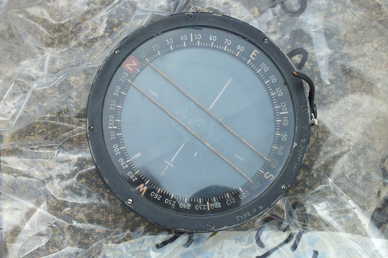 Radioactive Tank Compass