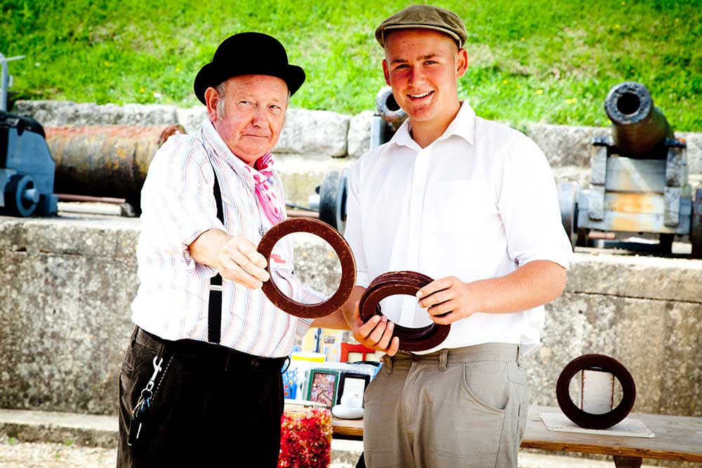 Play traditional games at Nothe Fort